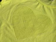 Obrázok z Tričko srdce flitrované 98